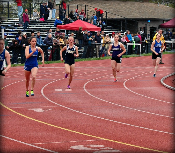 New England Division III Outdoor Track and Field Championships, women's track event